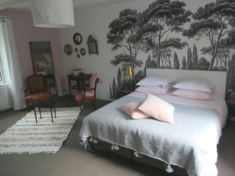 finistere-chambre-rose-hotes-1-M